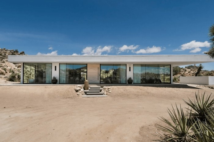 All glass modern house in Joshua Tree