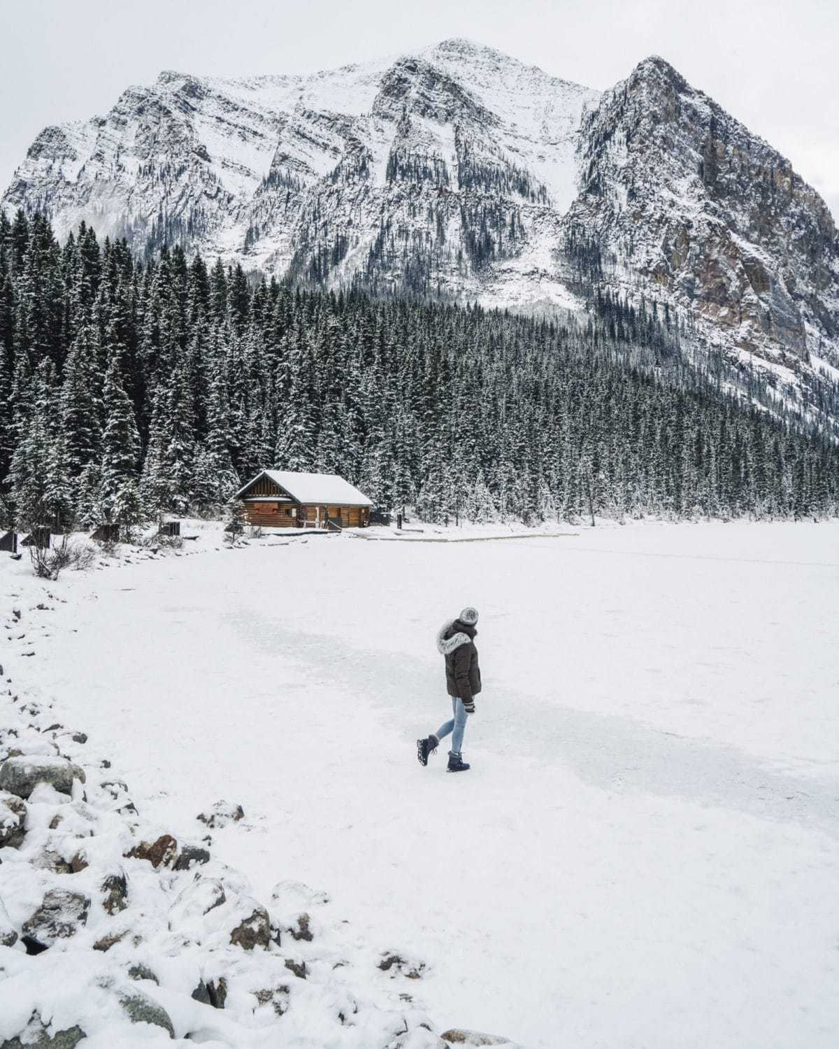 Banff Winter Photography Guide: 10 Spots You Won't Want to Miss