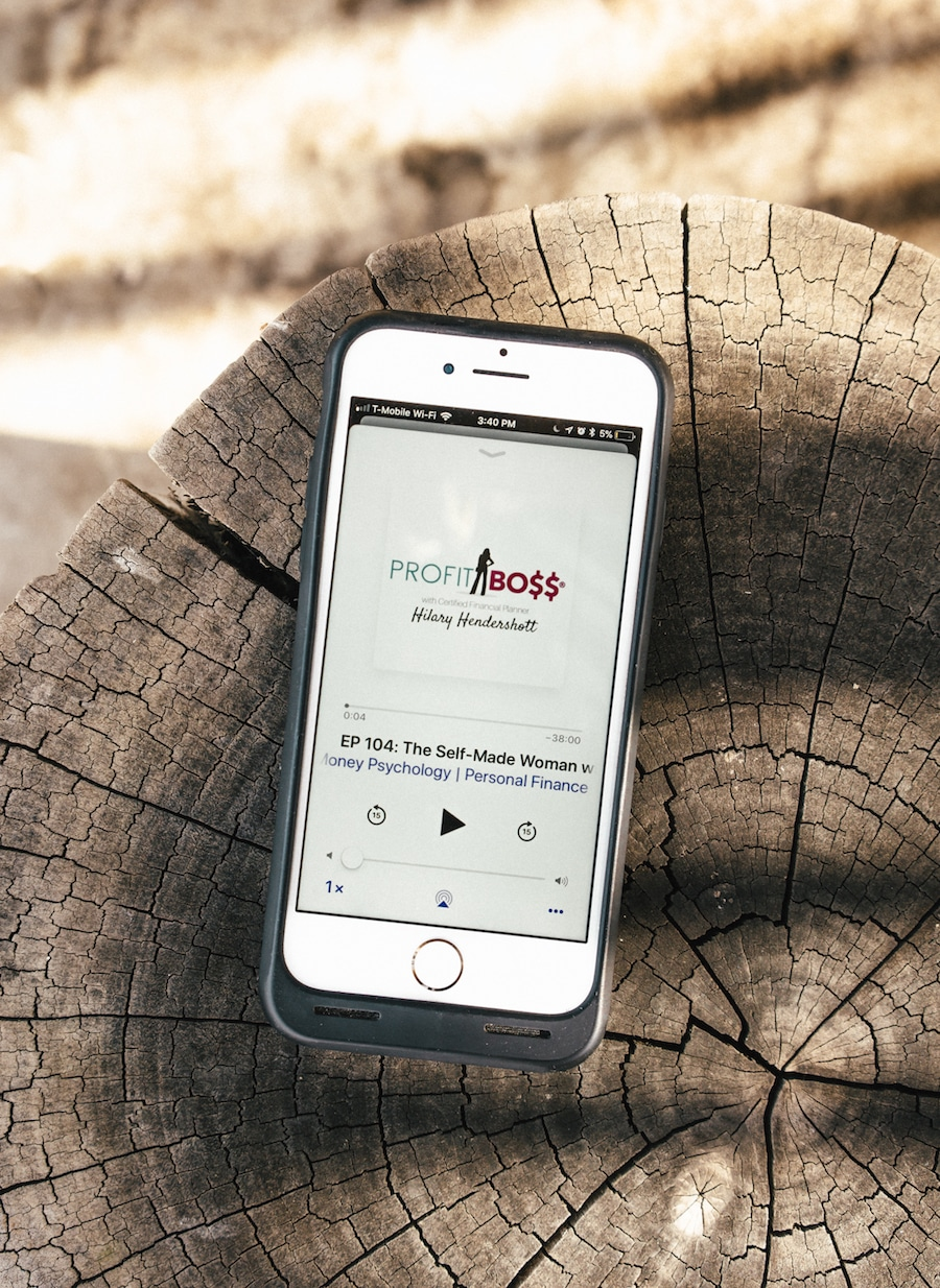 7 Awesome Podcasts for Creators To Inspire You On Your Travels