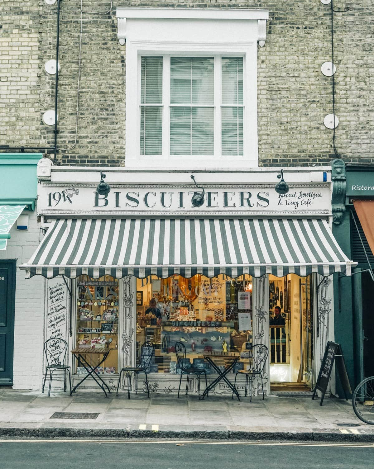 How to Spend 24 Hours in London: A Walking Tour Through the City's Coolest Spots
