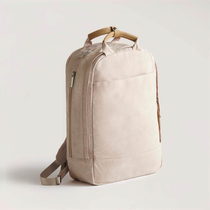 Day owl backpack as a women's camera bag