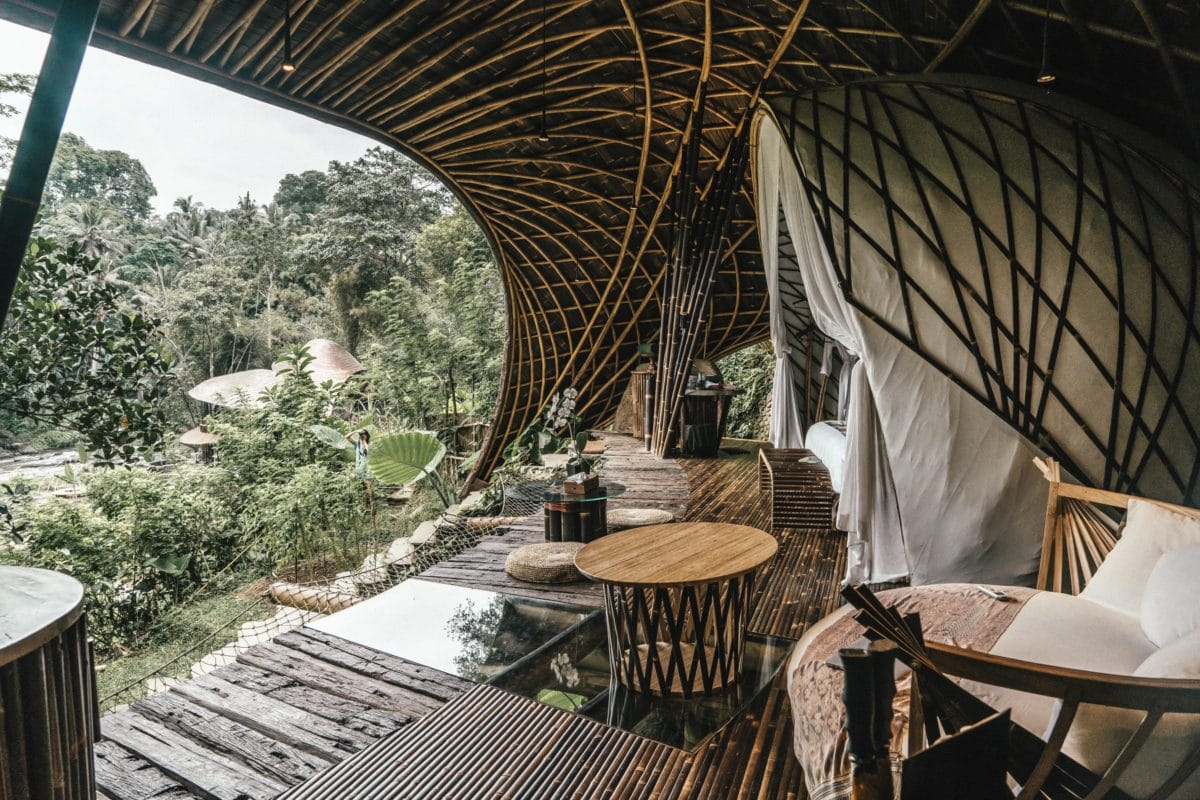 Staying In One Of The Most Beautiful Treehouse Hotels In The World Live Like It S The Weekend