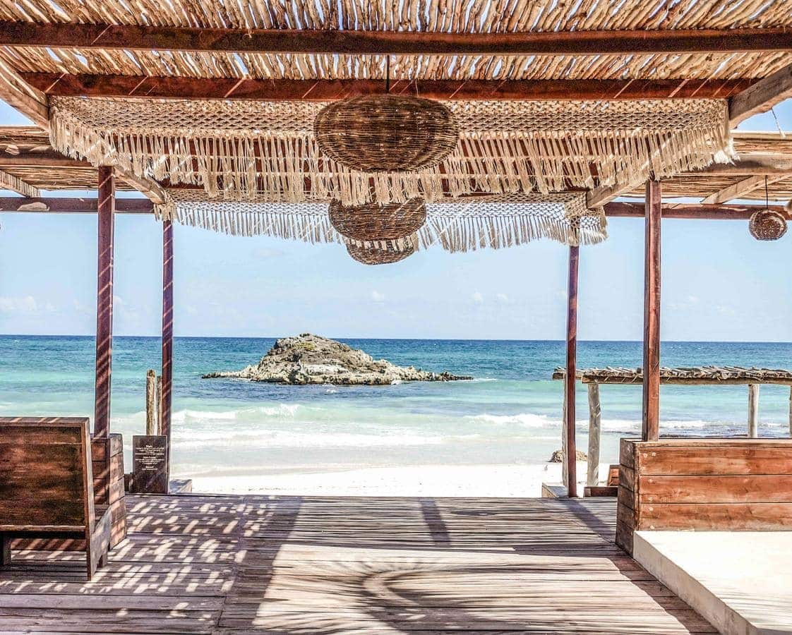 The Most Magical Tulum Beach Hotels You Can't Miss (Plus Map!) Amansala Tulum | Yoga hotels | Best hotels Tulum | Tulum boutique hotels | Tulum Mexico map | Where to stay in Tulum | Places to stay in Tulum | Best Tulum hotels on the beach | Tulum, Mexico | Travel tips Tulum | Tulum 2019 | Tulum travel | Tulum accommodation |