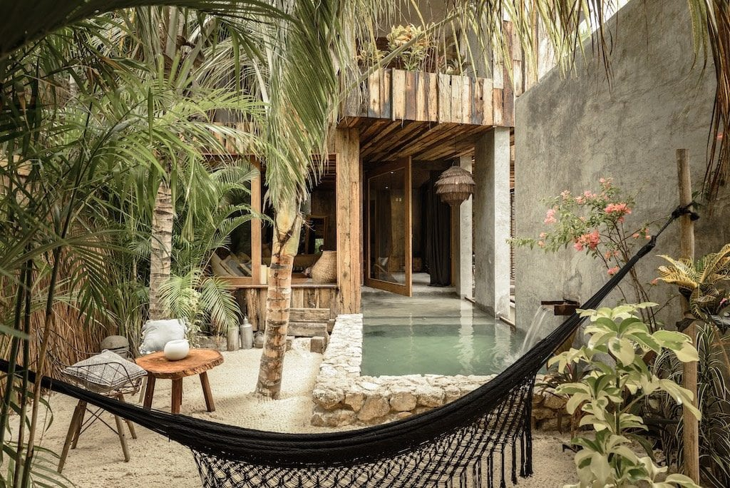 The Most Magical Tulum Beach Hotels You Can't Miss (Plus Map!) Be Tulum | Yoga hotels | Best hotels Tulum | Tulum boutique hotels | Tulum Mexico map | Where to stay in Tulum | Places to stay in Tulum | Best Tulum hotels on the beach | Tulum, Mexico | Travel tips Tulum | Tulum 2019 | Tulum travel | Tulum accommodation |