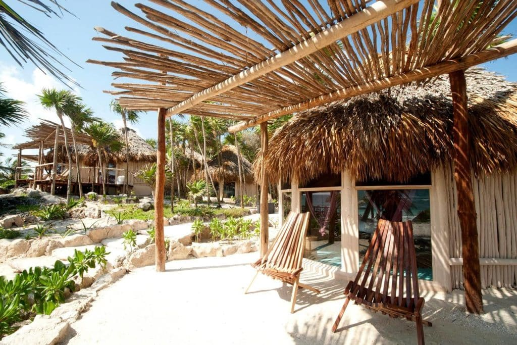 The Most Magical Tulum Beach Hotels You Can't Miss (Plus Map!) Papaya Playa Project | Best hotels Tulum | Tulum boutique hotels | Tulum Mexico map | Where to stay in Tulum | Places to stay in Tulum | Best Tulum hotels on the beach | Tulum, Mexico | Travel tips Tulum | Tulum 2019 | Tulum travel | Tulum accommodation | Bohemian hotels | Rooftop pool |