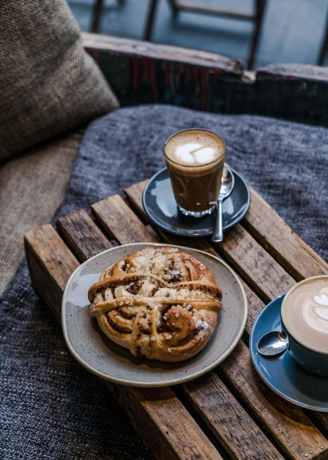 Quick Guide The Best Edinburgh Coffee Shops Bakeries