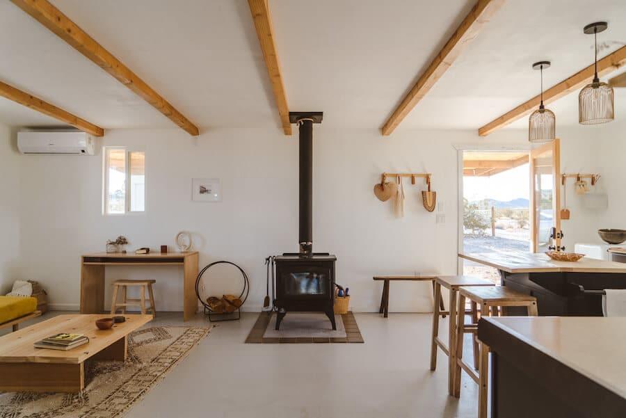 Desert cabin Airbnb in Joshua Tree, California