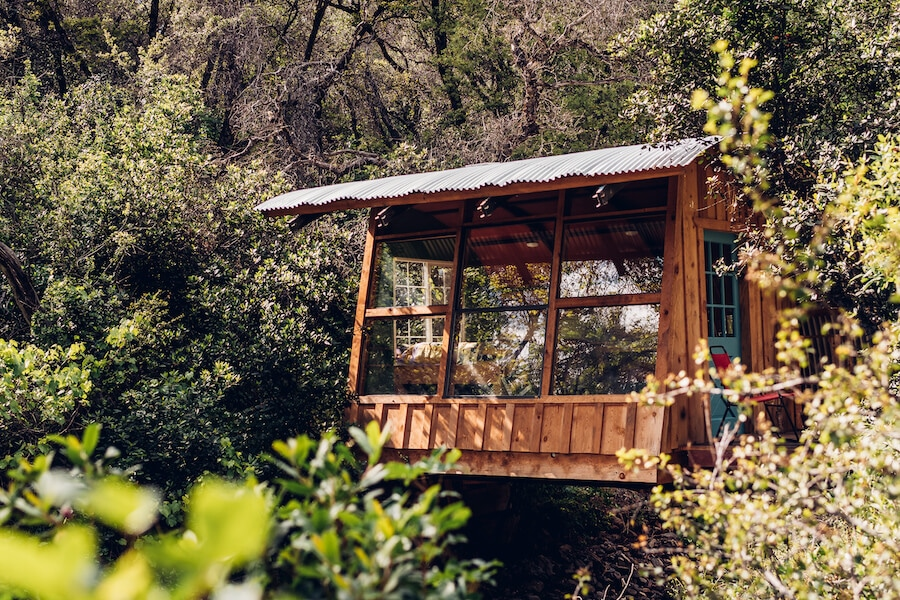 Cabin glamping in California