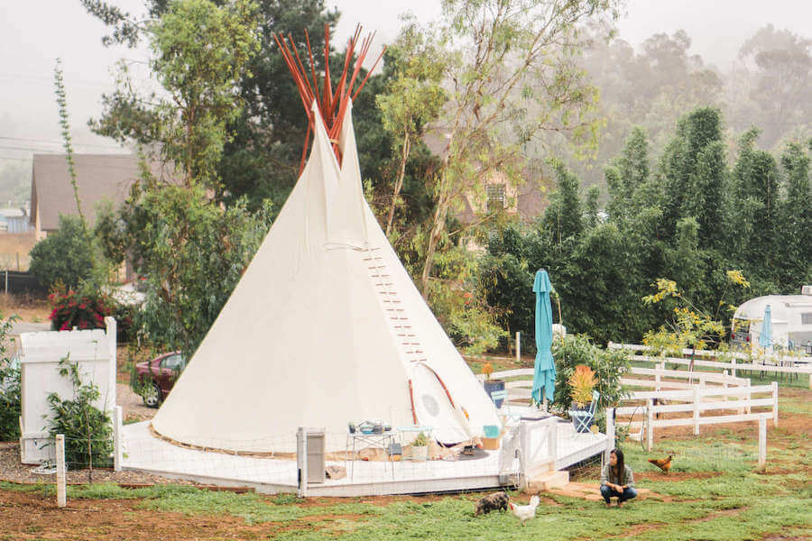 Tipi glamping accommodation in California