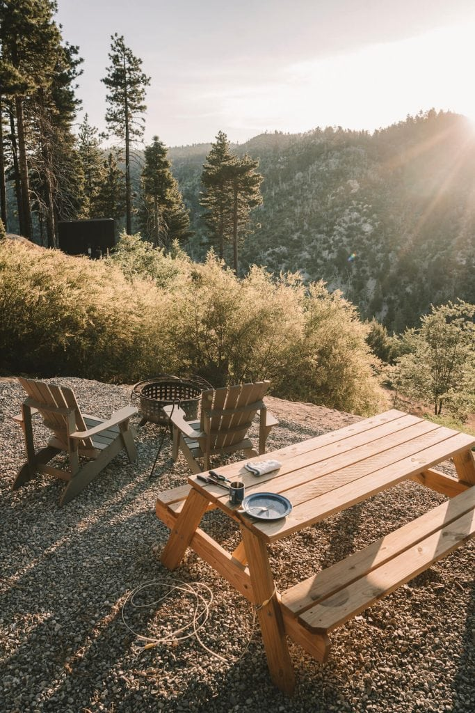 Picnic table overlooking the valley at the Getaway House