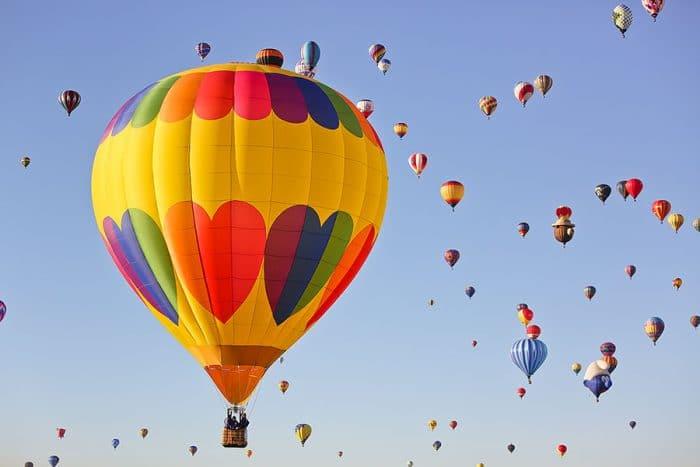 Balloons in the air at the Albuquerque balloon fiesta
