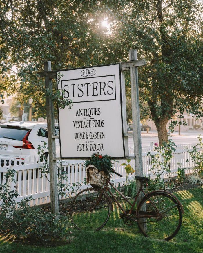 Sisters Antiques in Los Alamos