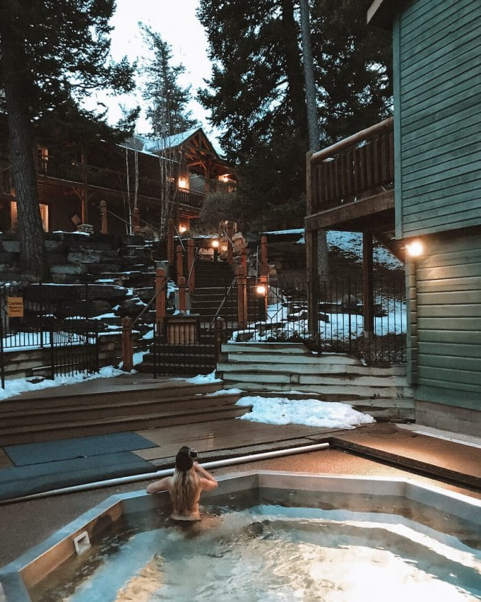 The hot tub at Buffalo Mountain Lodge - where to stay in Banff
