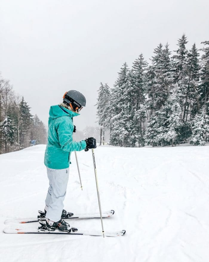 skiing at Snowshoe Mountain in West Virginia - What To Pack For a Winter Trip