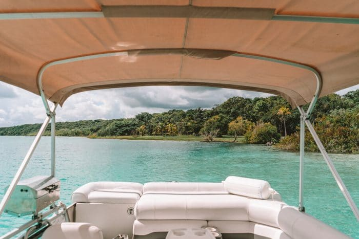 Day boat tour on the Bacalar Lagoon