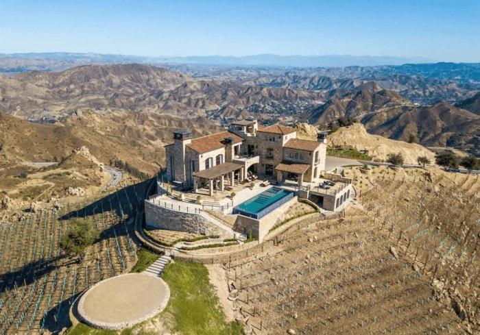 Unique places to stay in California - Malibu Rocky Oaks