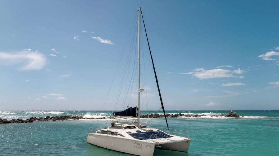 Book a catamaran with Tulum Yachts