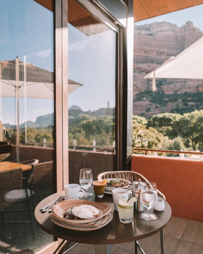 Eating breakfast at Che Ah Chi restaurant in Sedona