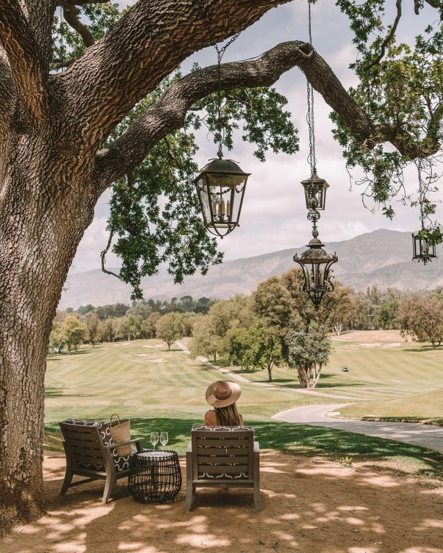 Working on a full blog guide ✏️ for Ojai, but in the meantime, SAVE this post for later for some quick tips + favorite spots!  Where to Stay: Ojai Valley Inn (luxury option) or Capri Hotel (more affordable option)  Where to Eat + Drink: Farmer and the Cook, Azu, Little Sama, Topa Topa Brewing Co(Ojai Rotie + Bocalli's also came highly recommended to us but were sadly closed when we were there)  Where to Shop: Bart's Books, Summer Camp, Carolina Gramm (stop in for an olive oil tasting), Canyon Supply and deKor & Co.  We noticed a lot of things are closed right not due to the pandemic on Mondays and Tuesdays, so if you want to visit when everything is open, I'd recommend going later in the week or through the weekend 👏🏻👏🏻