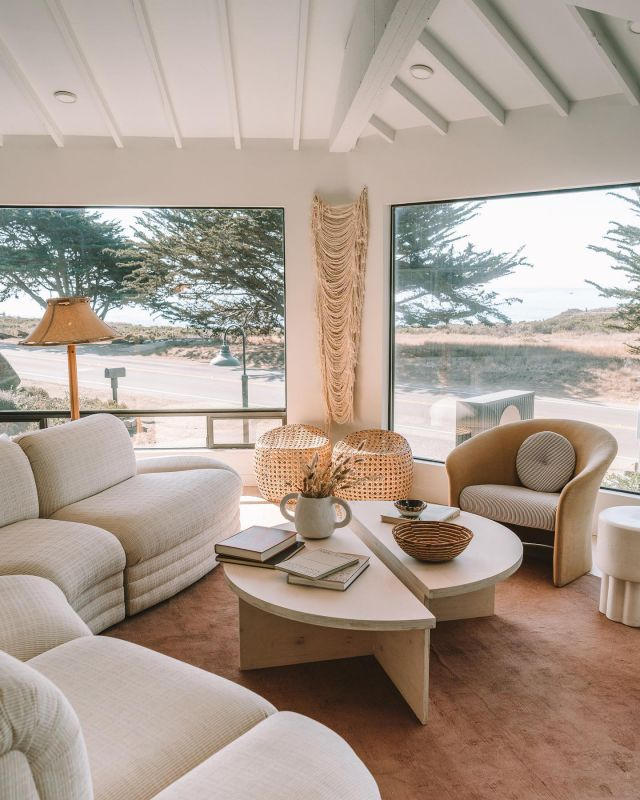 I'll just be over here manifesting this gorgeous living room space from @whitewatercambria 🤤🤤  One of the most beautiful spots I've stayed over the last year. Save this for later if you're planning a trip up the California coast! #designgoals #cambriacalifornia