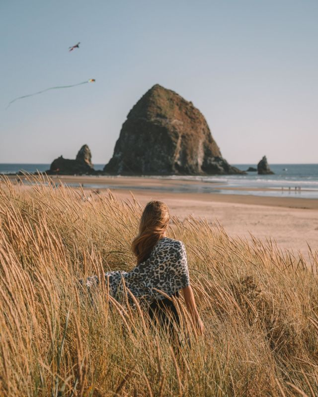 4 Essential Tips You Need to Know Before Exploring the Oregon Coast (save this post for later)! 💦 Pack tons of layers, even in summer. Weather can change quickly from beautiful sunny beach days to high winds, fog, and chilly nights. No matter what time of year you visit, make sure to pack a windbreaker, beanie, and warm layers. 🌫 Foggy weather is common along the Oregon coast and it's likely you'll get fogged in a bit somewhere along your itinerary. I'd recommend staying in each spot along the coast for 2 nights minimum so you don't completely miss something you want to see. We only had one chance to explore the Newport area and it was so foggy we couldn't even see the lighthouse or Agate Beach during our attempt to visit. Learn from my mistakes 🙃🌊 Pay attention to tide charts. There are a lot of hidden beaches, caves and geological features that are best explored at certain cycles of the tides. For example, if you want to see the ghost forest at Neskowin Beach you need to go at low tide. Do your research ahead of time for each seaside spot so you know the best time to visit. 📱 Cell service is limited along the coast, so don't forget to download both Google Maps and Alltrails offline before you begin your trip so you can navigate to all the trailheads more easily. Hope you find these tips helpful for planning your trip! Have you been to the Oregon Coast yet?